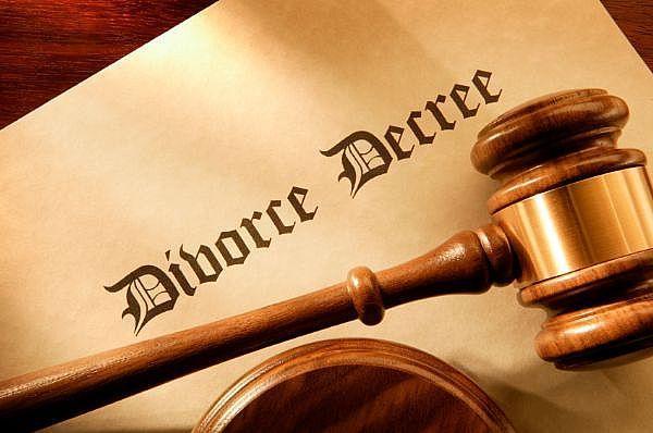 7917_divorcemainFull_1254330721