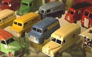 Man sells toy collection to fund divorce